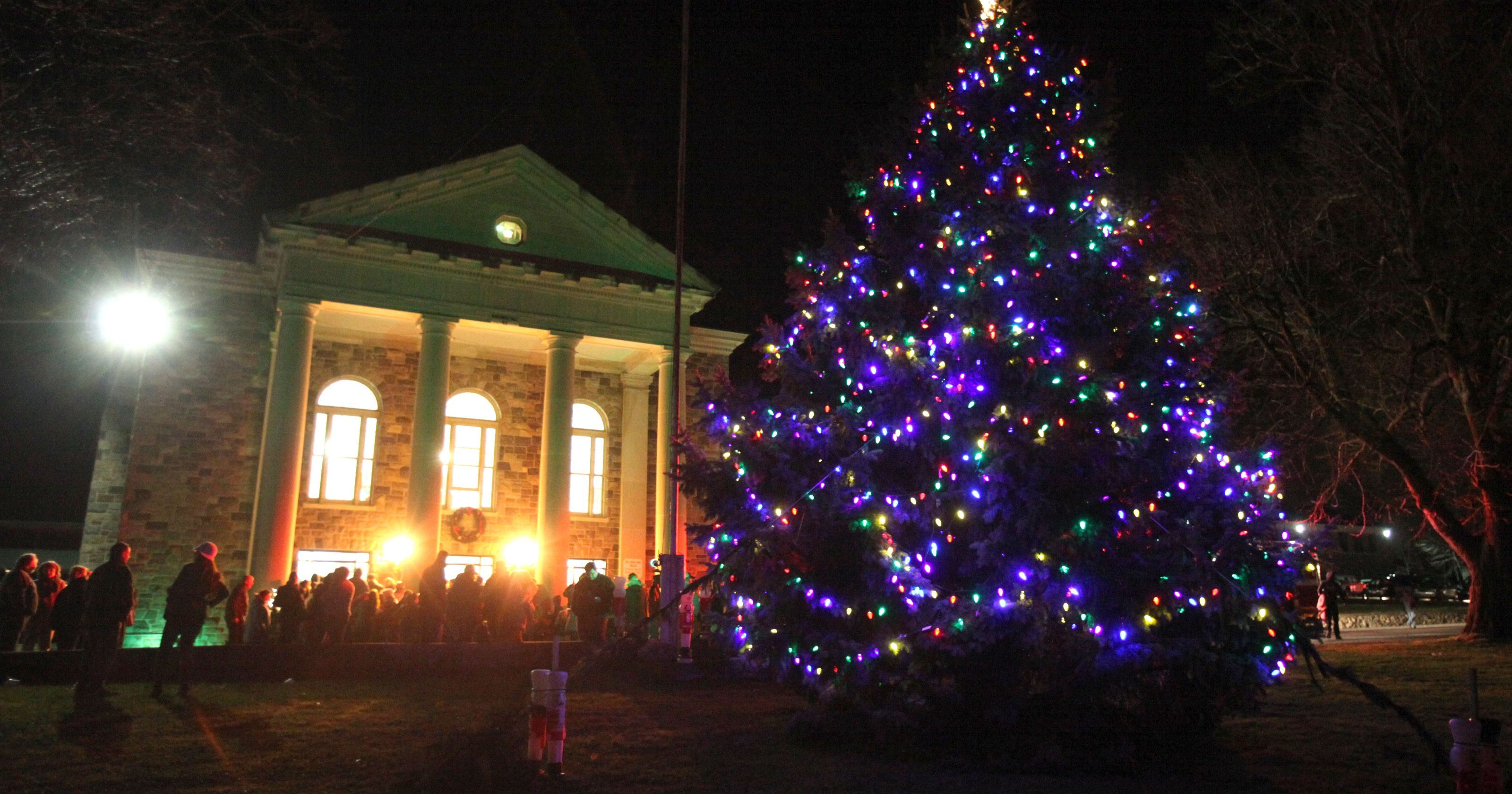 TOWN OF STONY POINT TREE LIGHTING